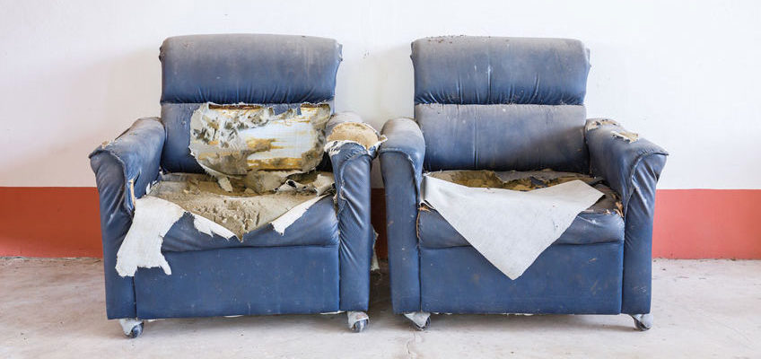 Moving or Just Re-Decorating? What to Do with Old Furniture