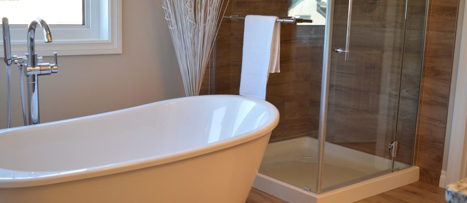 6 Types of Shower Doors You Can Choose for Your Bathroom